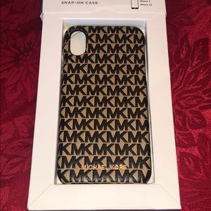 Michael Kors Logo Leather Phone Cover iPhone X/XS